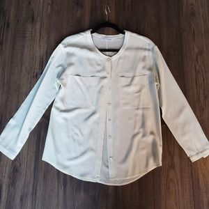 Everlane Soft White Silk Two Pocket Button Up S